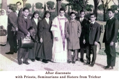 13 After diaconate with Priests, seminarians and sisters from Trichur copy